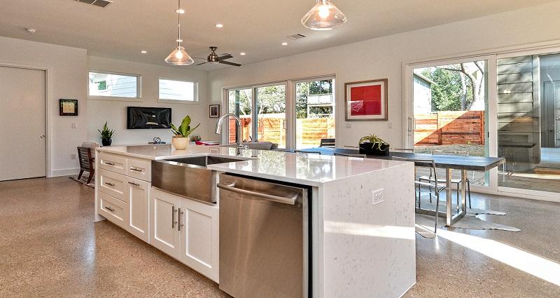 1010-Brodie_Kitchen-Living