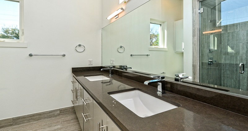 1010-Brodie_Master-Bathroom